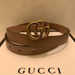 """Accessories - Gucci dusty pink leather 0.8"""" gold gg buckle belt"""